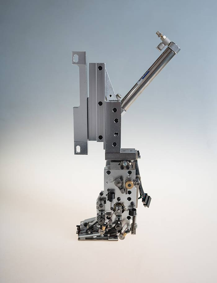 2JP201M双金片绣(电机切片)正装置