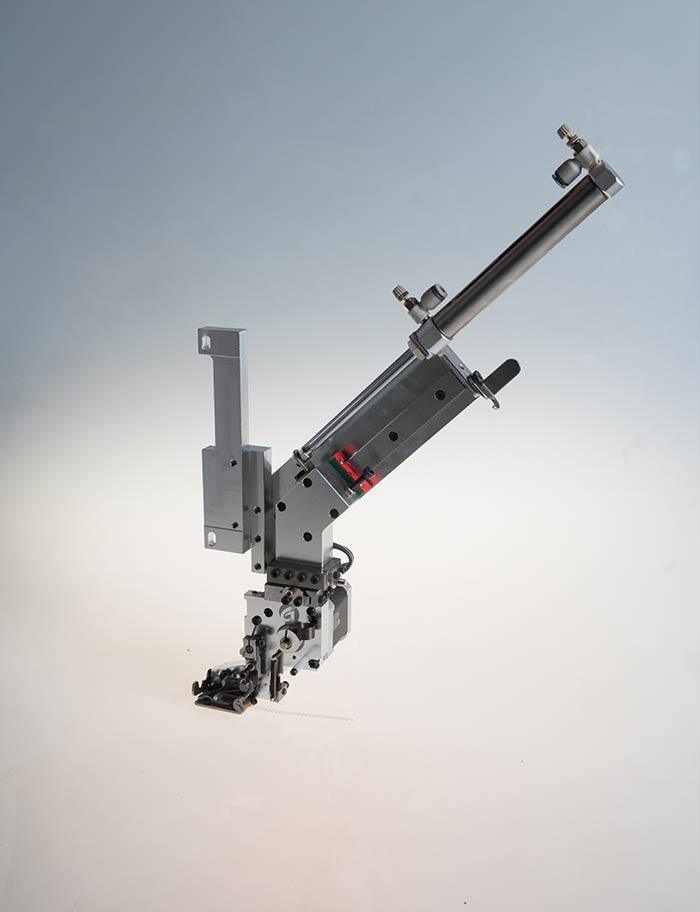 JP602单金片绣(导轨)正装置